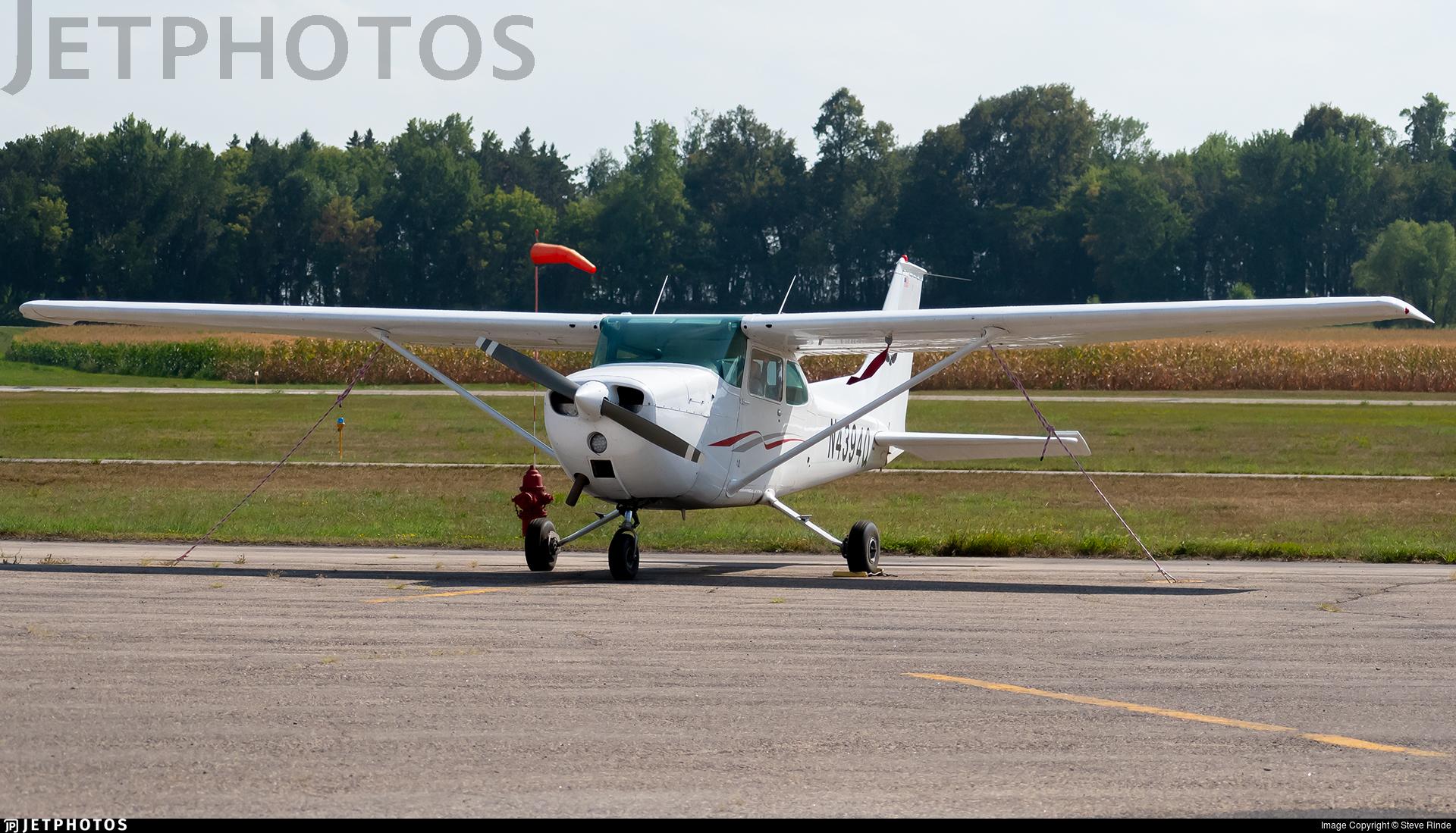 N4394Q - Cessna 172L Skyhawk - Private