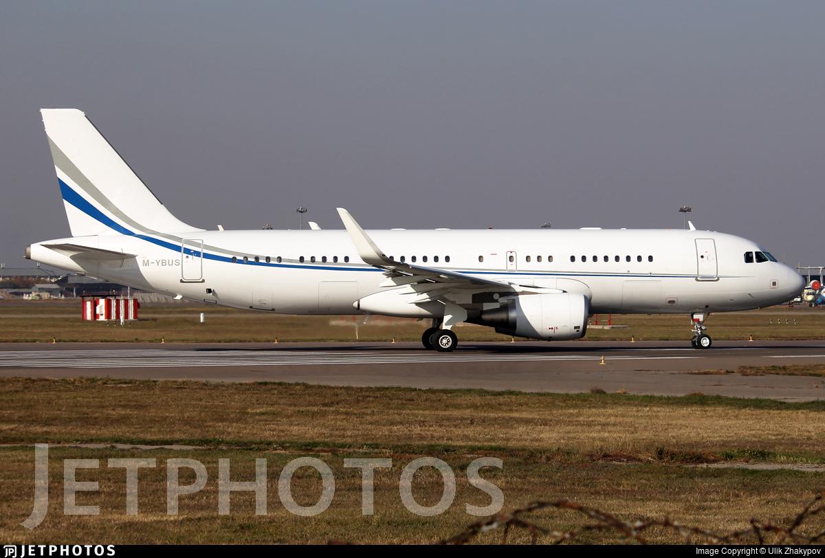 M-YBUS - Airbus A320-214(CJ) Prestige - Prime Aviation