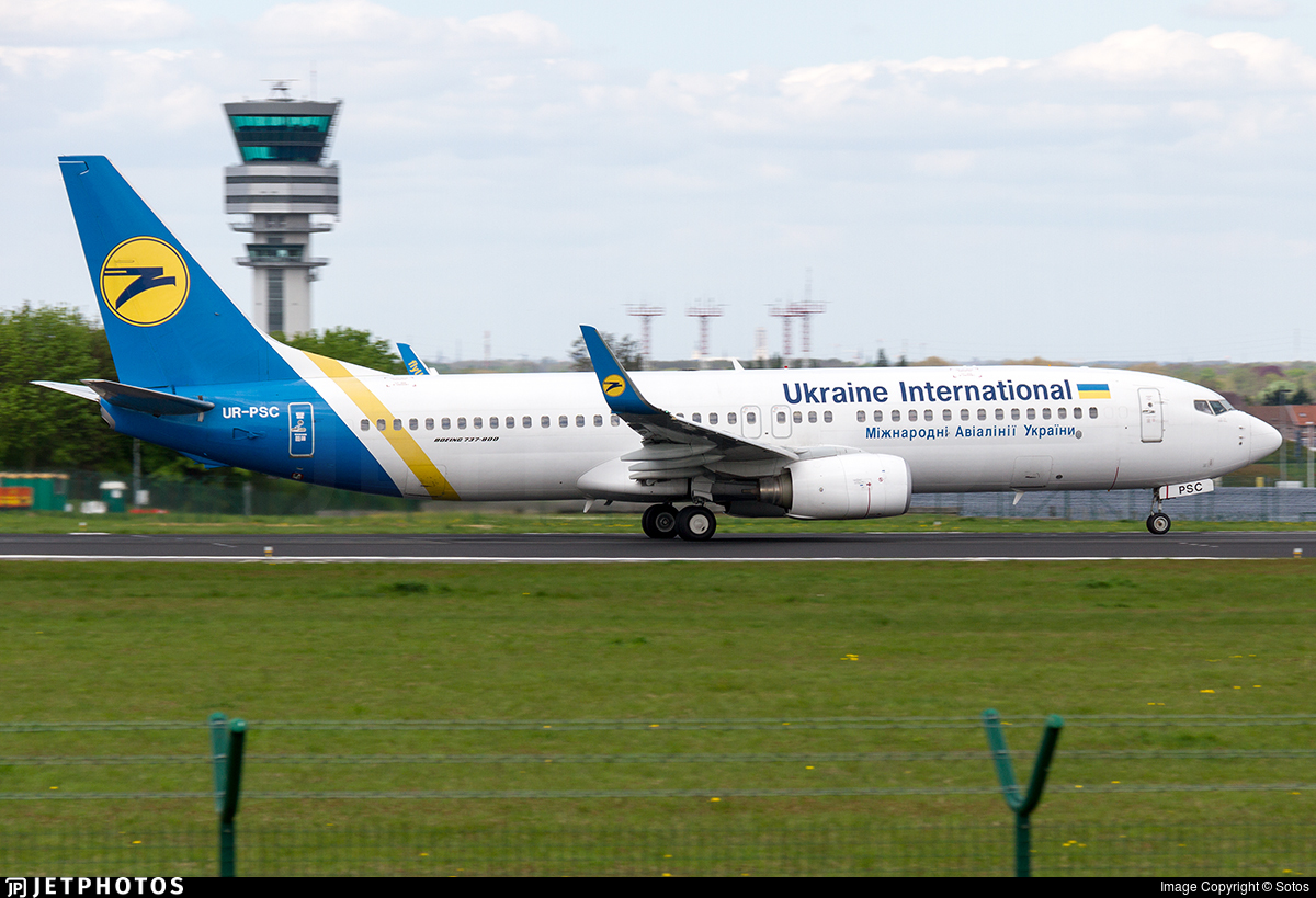 UR-PSC - Boeing 737-8HX - Ukraine International Airlines