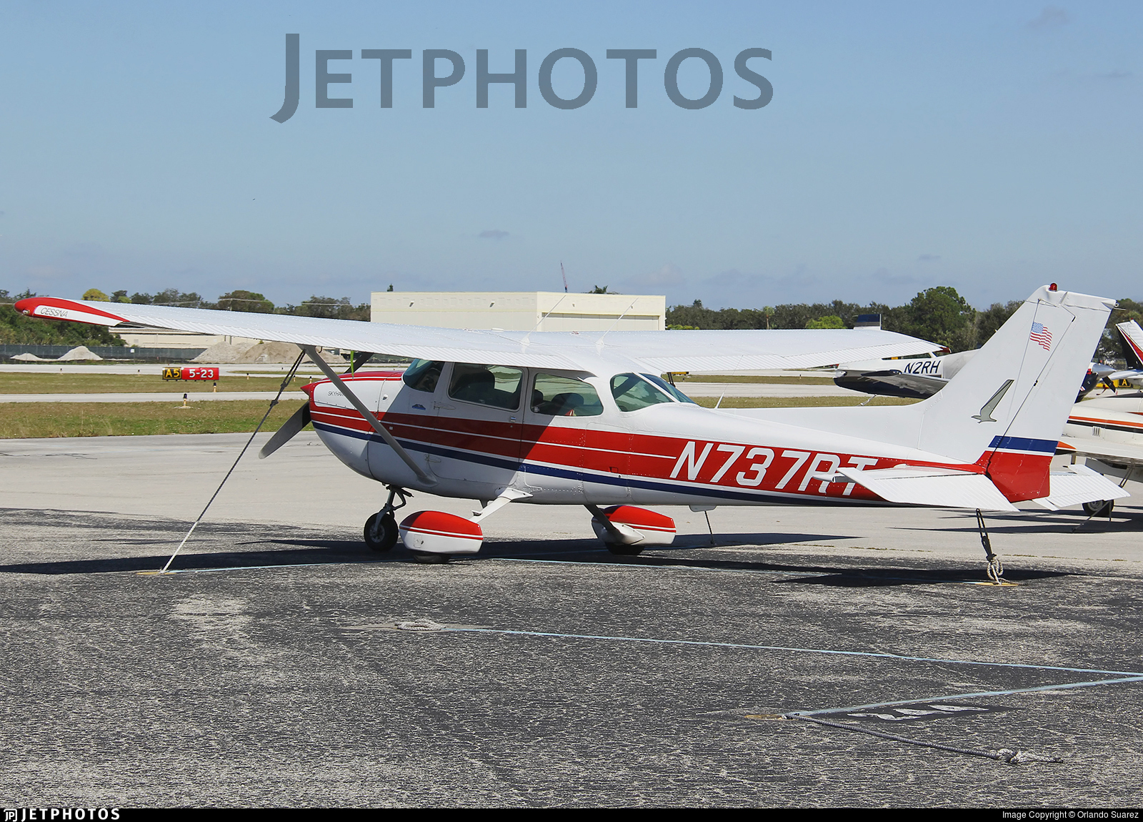 N737RT - Cessna 172N Skyhawk II - Private