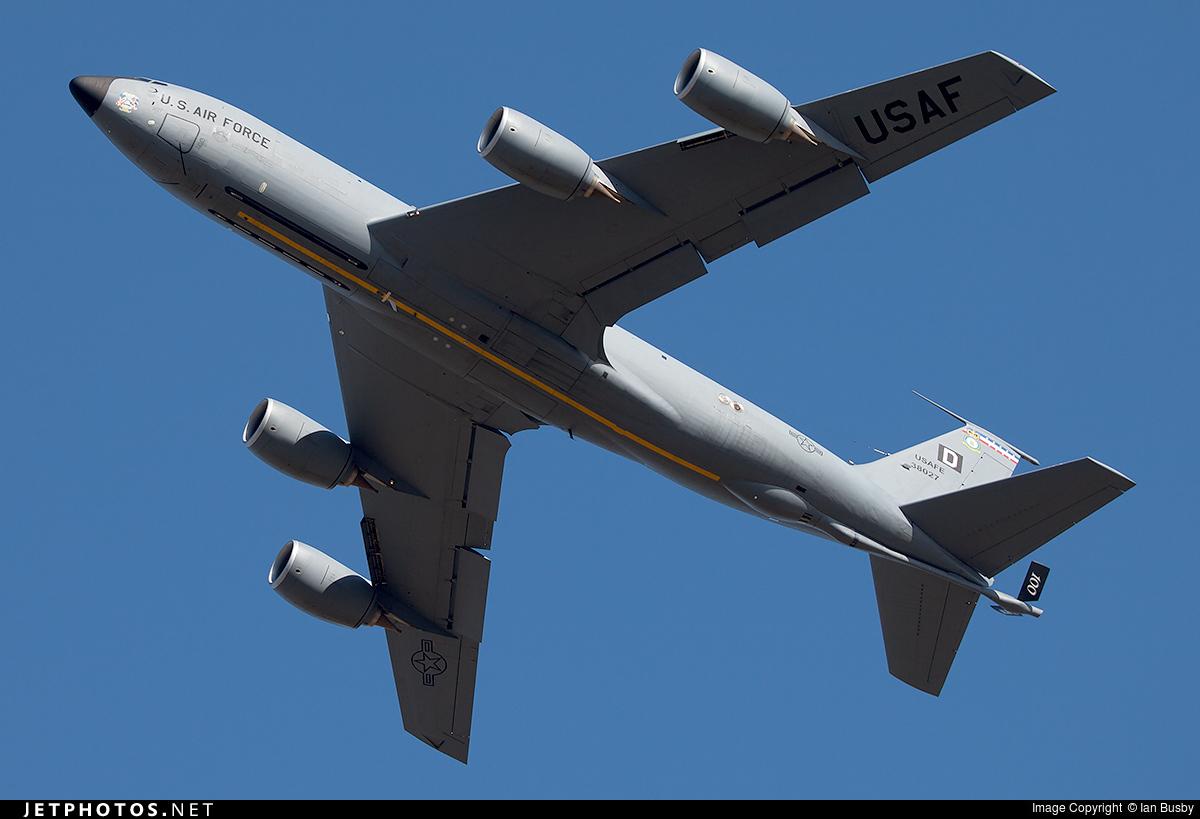 Risultati immagini per boeing kc-135
