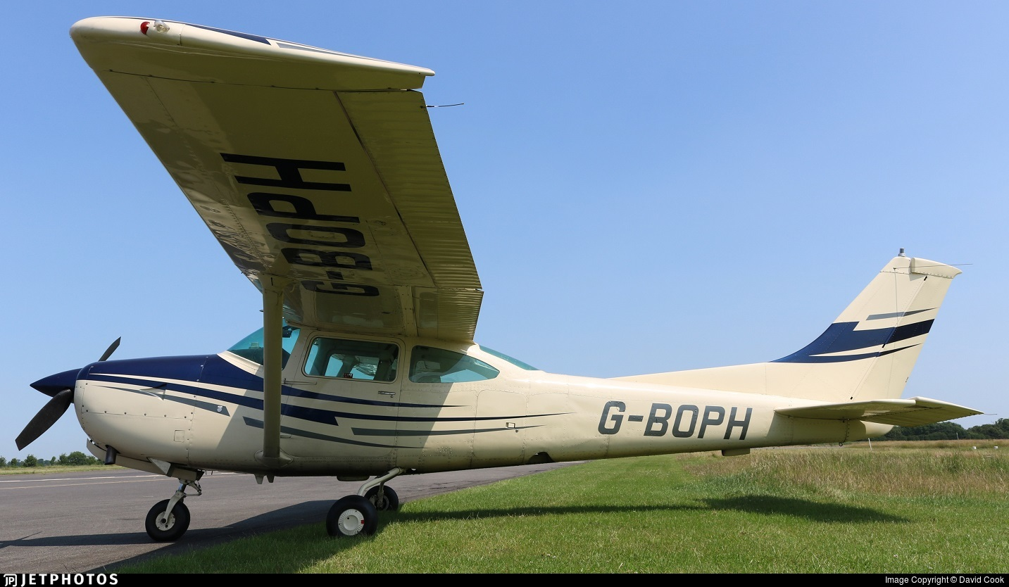G-BOPH - Cessna TR182 Turbo Skylane RG - Private