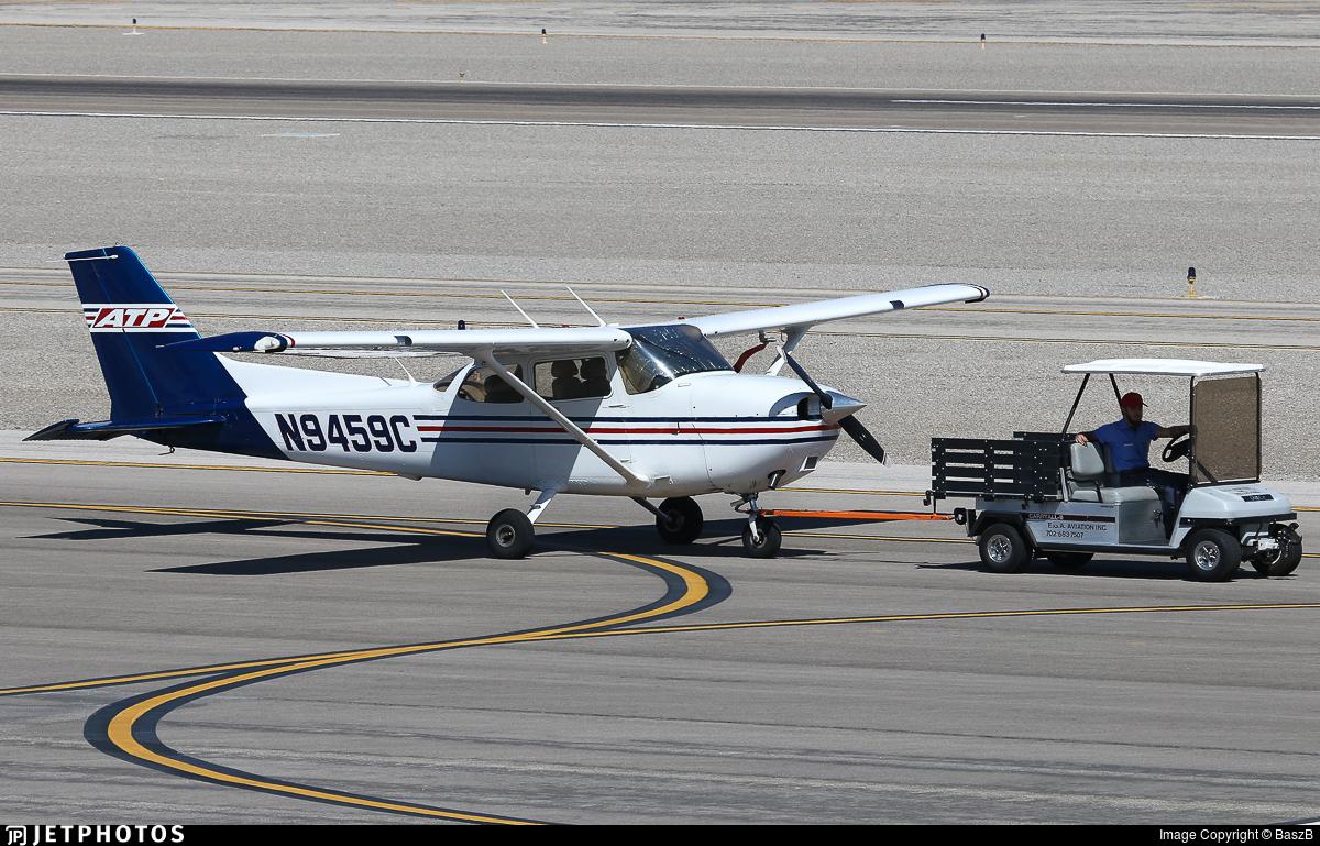 N9459c Cessna 172s Skyhawk Sp Atp Flight School Baszb Jetphotos