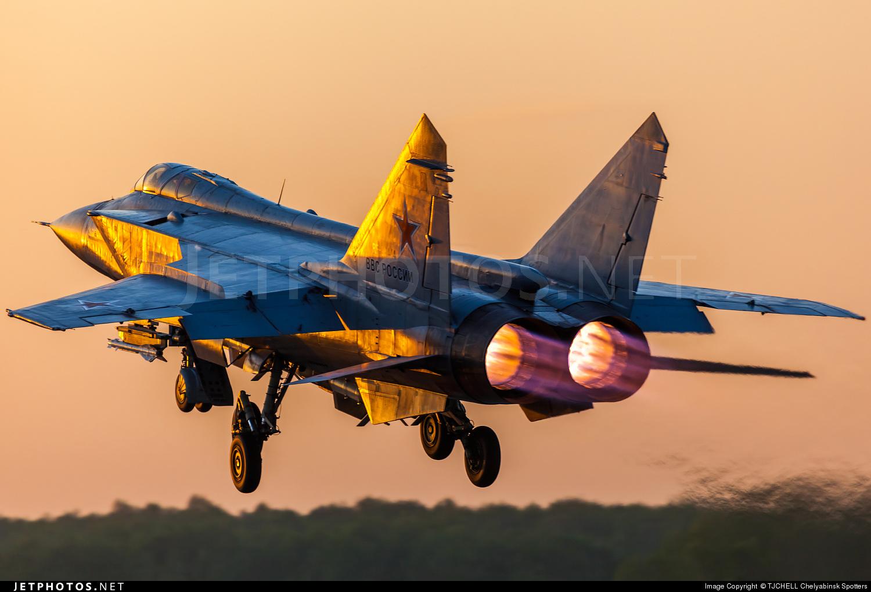 RF-95444 - Mikoyan-Gurevich MiG-31BM Foxhound - Russia - Air Force