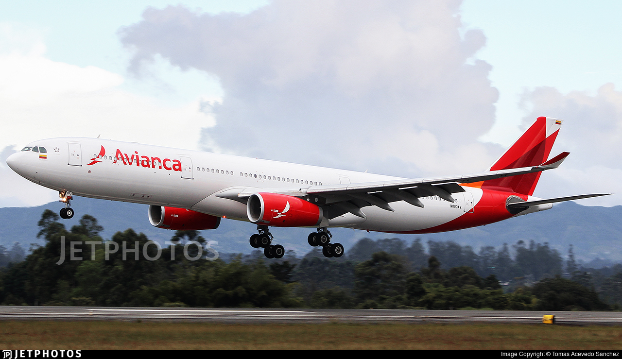 N803AV - Airbus A330-343 - Avianca