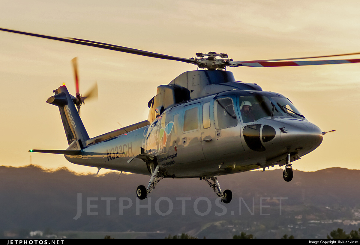 N323CH - Sikorsky S-76 - Private