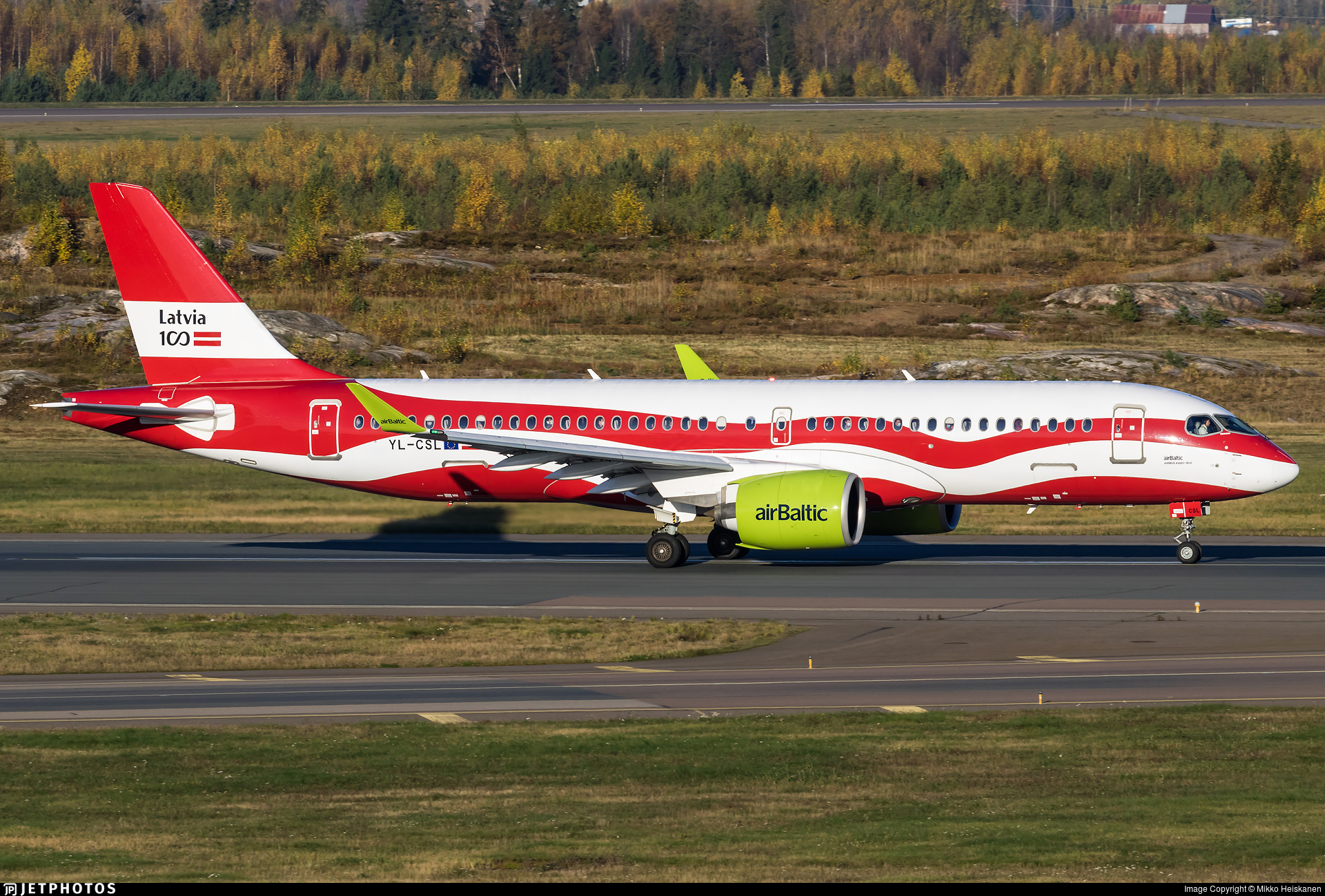 YL-CSL - Airbus A220-371 - Air Baltic