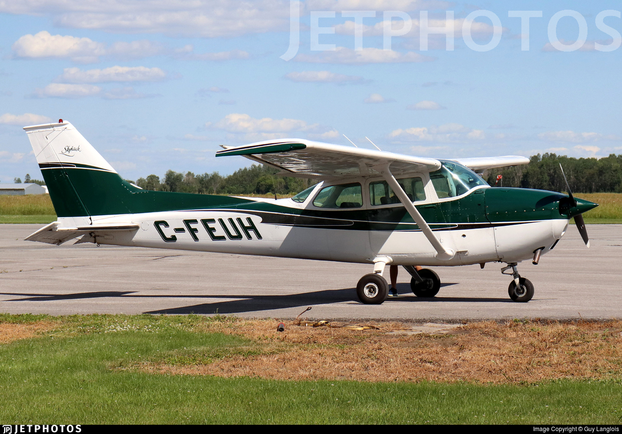 C-FEUH - Cessna 172M Skyhawk - MNB Aviation