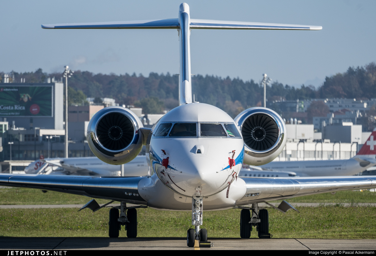 LX-NAD - Bombardier BD-700-1A10 Global 6000	 - Luxaviation