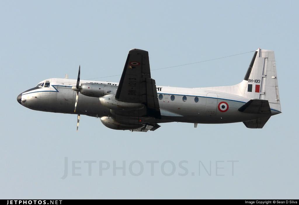 BH-1013 - Hawker Siddeley HS-748 - India - Air Force