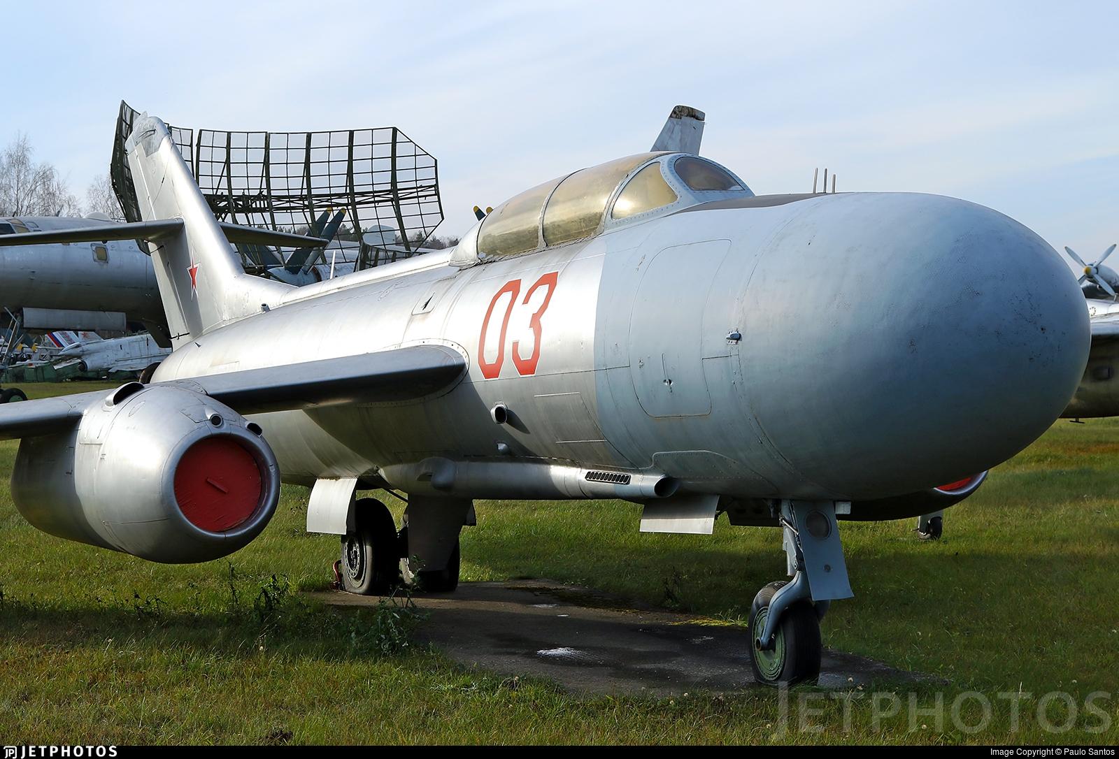 03 - Yakovlev Yak-25 Mandrake - Soviet Union - Air Force