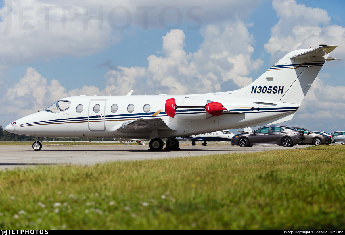 N305SH - Hawker Beechcraft 400XP - Private