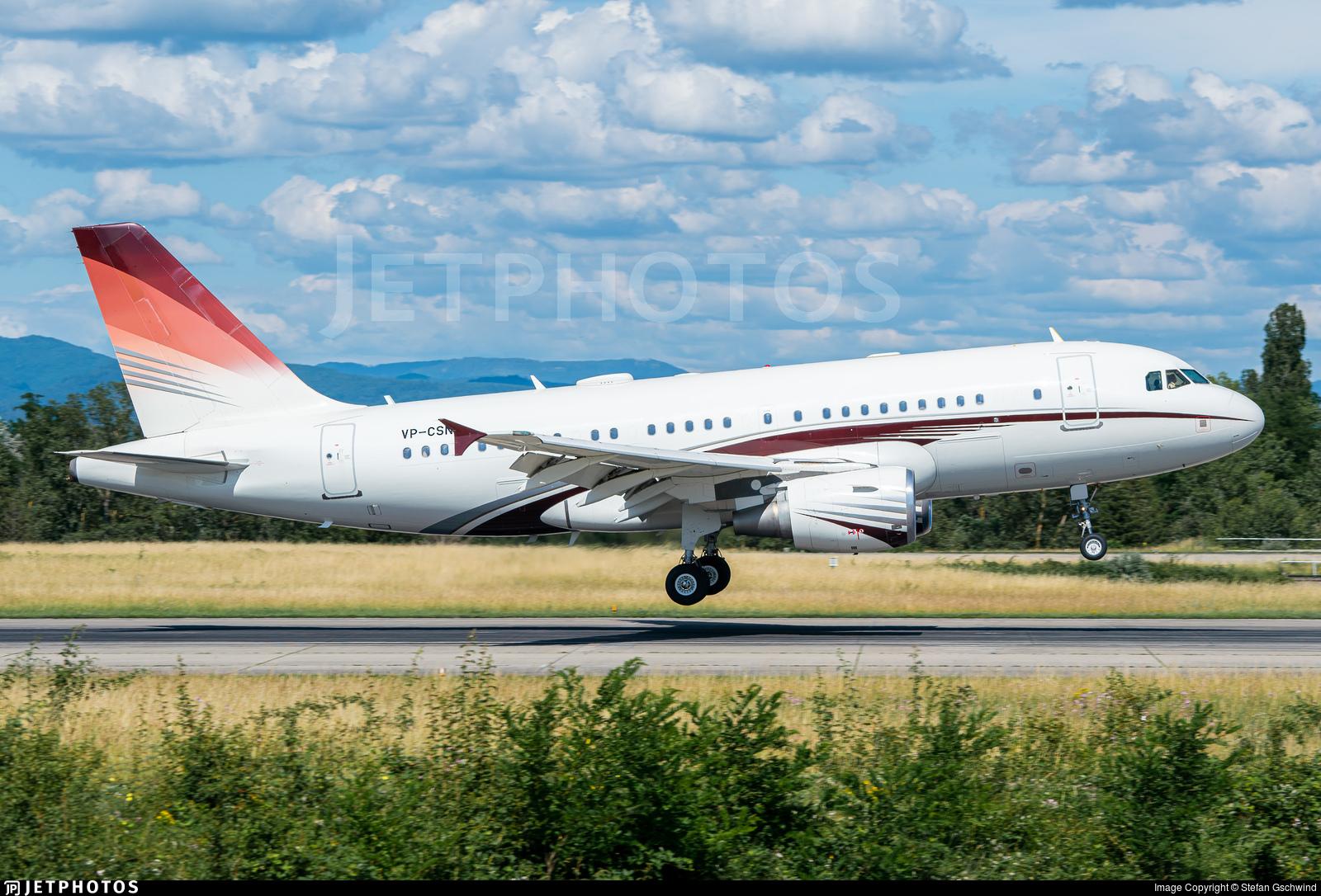 VP-CSN - Airbus A319-115X(CJ) - Private