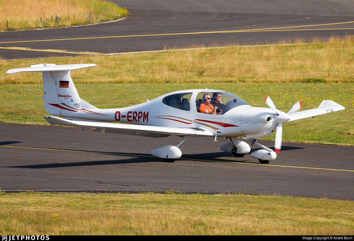 D-ERPM - Diamond DA-40 Diamond Star - ACC Flug