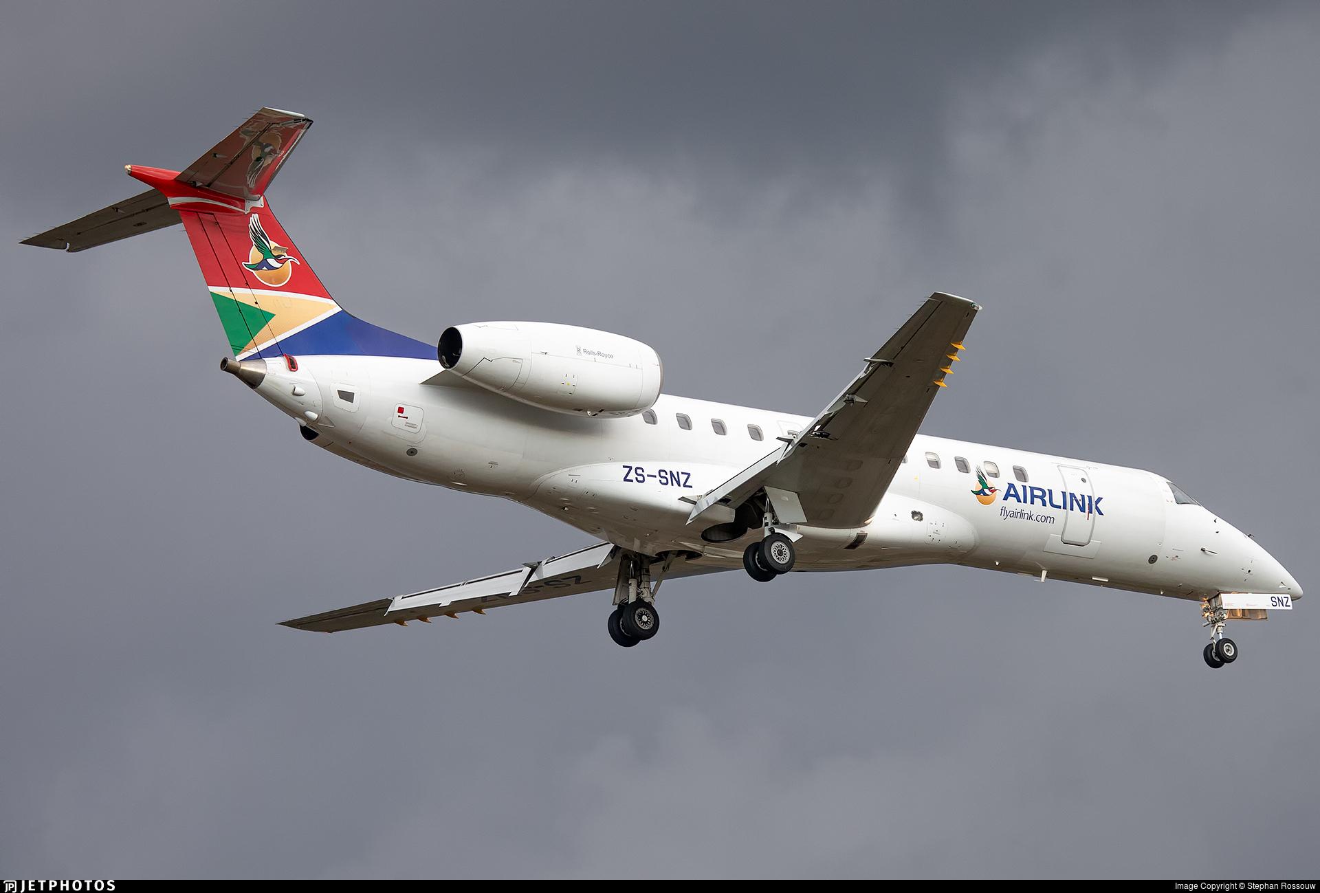 ZS-SNZ - Embraer ERJ-135ER - Airlink
