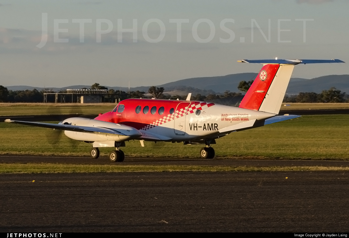 VH-AMR - Beechcraft B200 Super King Air - Ambulance Service of NSW