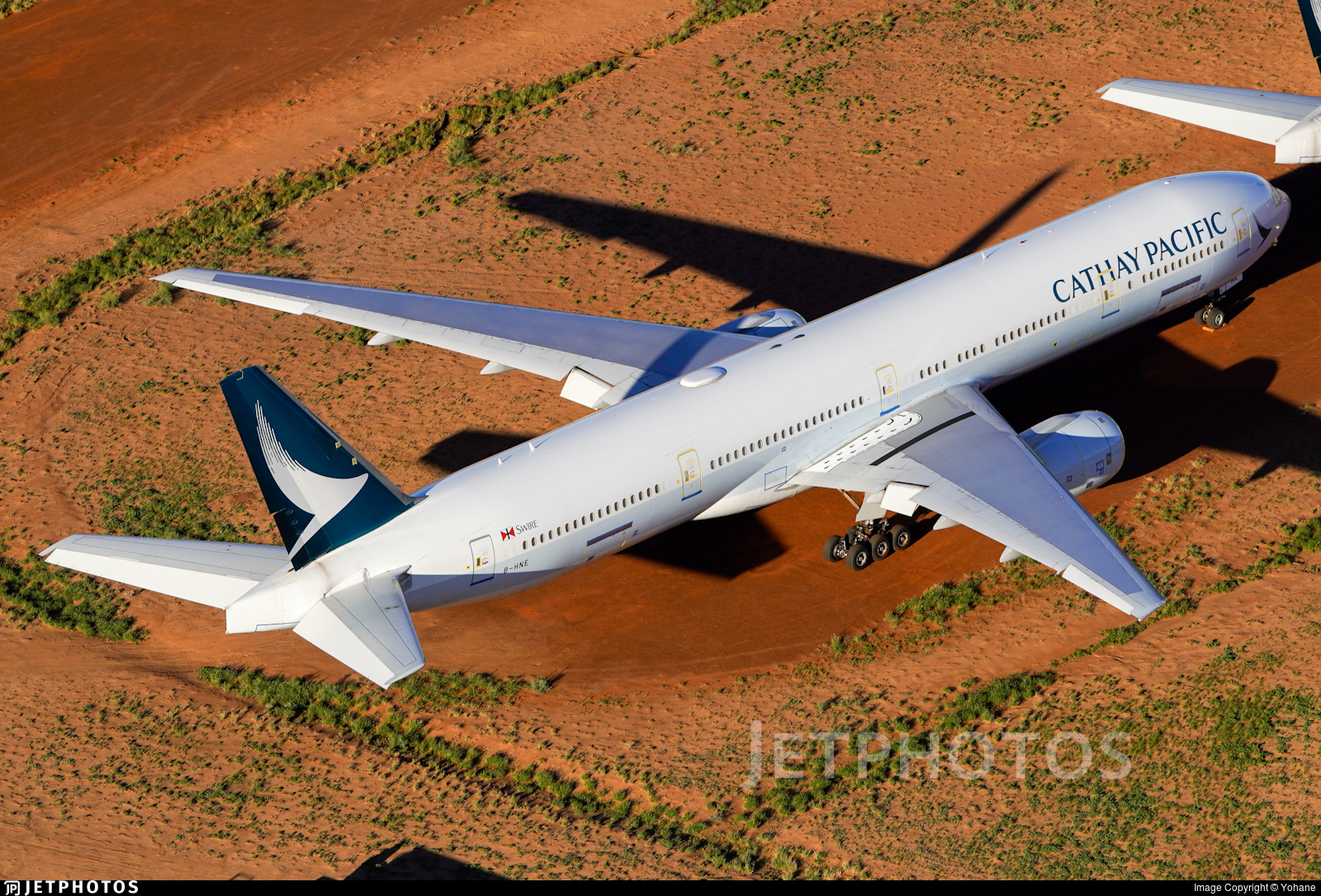B-HNE - Boeing 777-367 - Cathay Pacific Airways