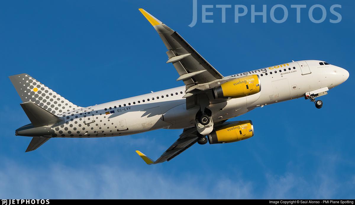 EC-LVV - Airbus A320-232 - Vueling