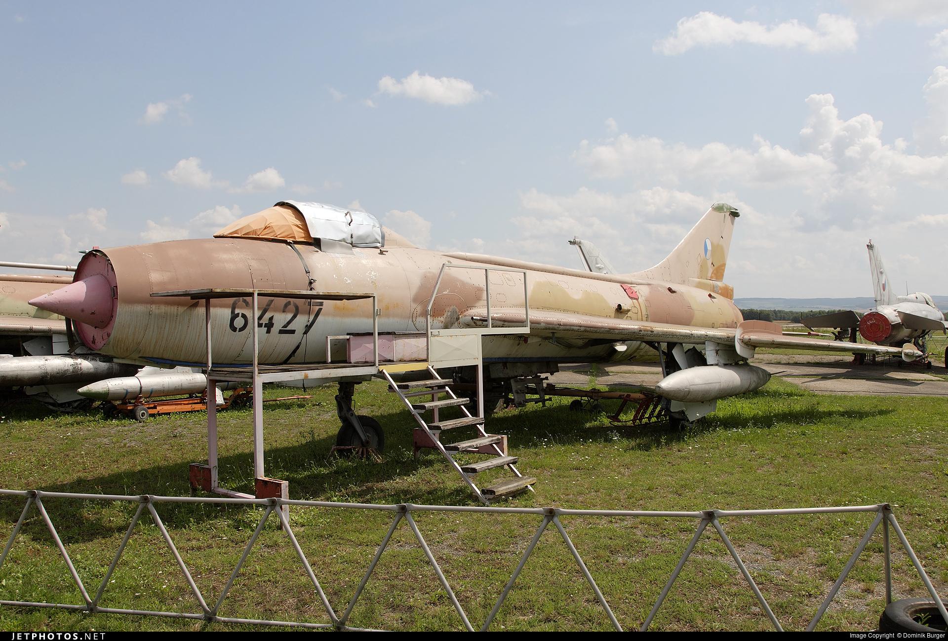 6427 - Sukhoi Su-7BKL Fitter A - Czech Republic - Air Force