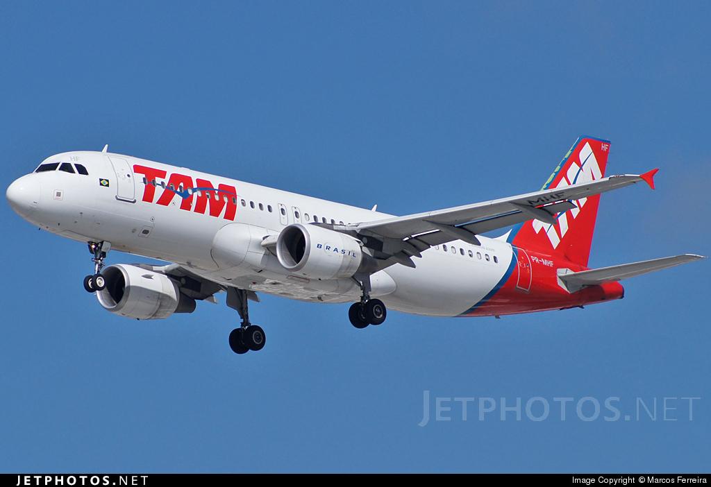 PR-MHF - Airbus A320-214 - TAM Linhas Aéreas