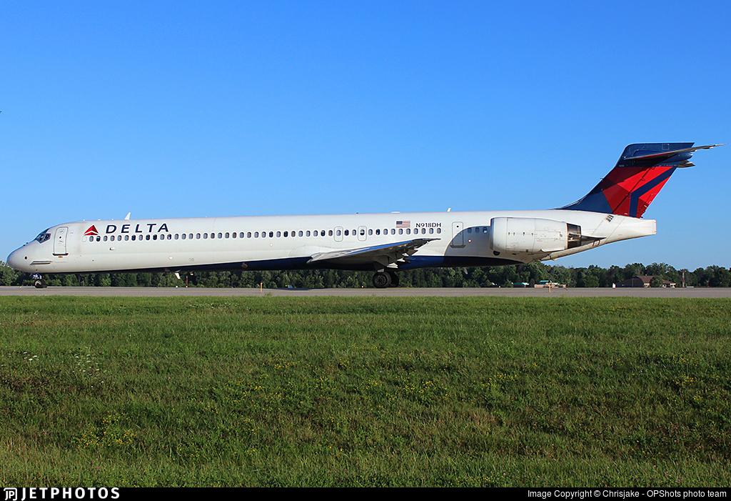 N918DH - McDonnell Douglas MD-90-30 - Delta Air Lines