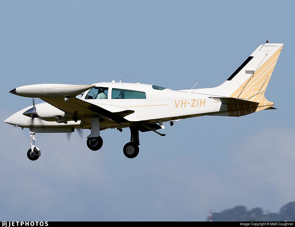VH-ZIH - Cessna 310R - Private