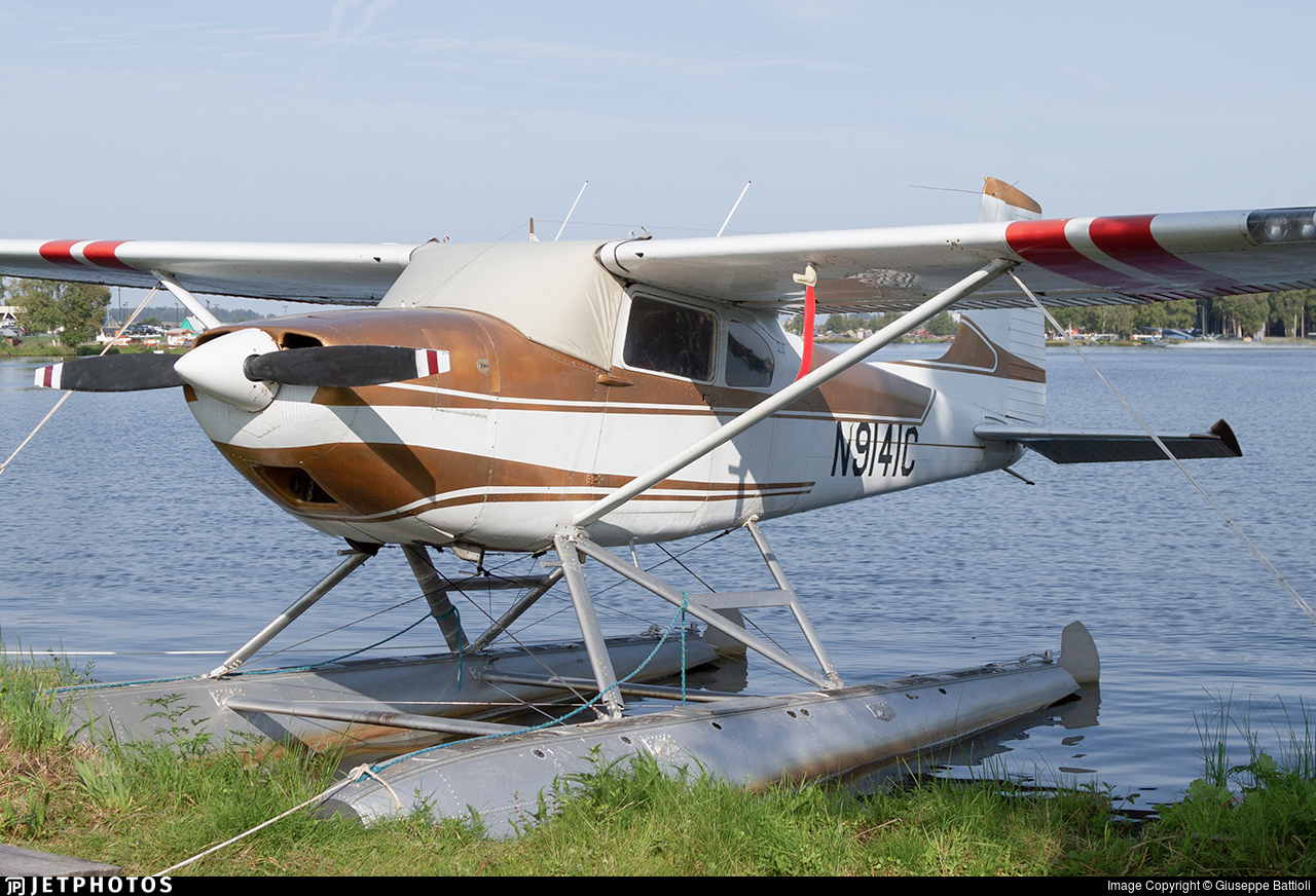 N9141C - Cessna 180 Skywagon - Private