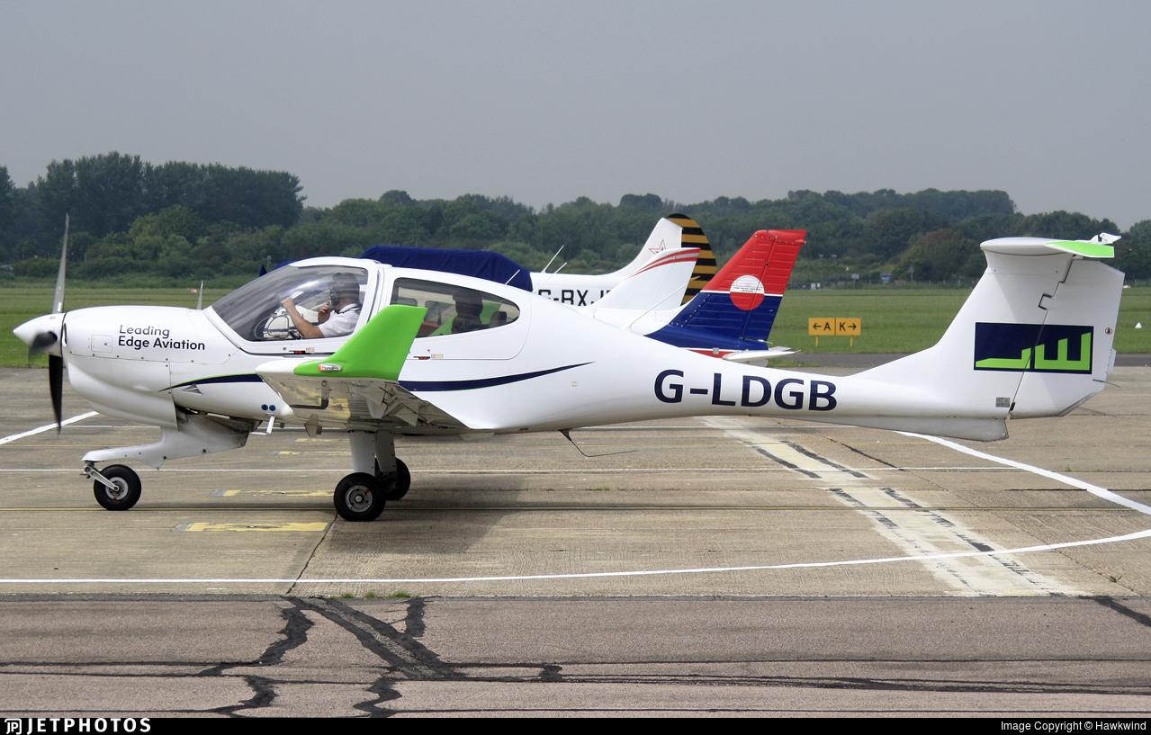 G-LDGB - Diamond DA-40NG Diamond Star - Leading Edge Aviation