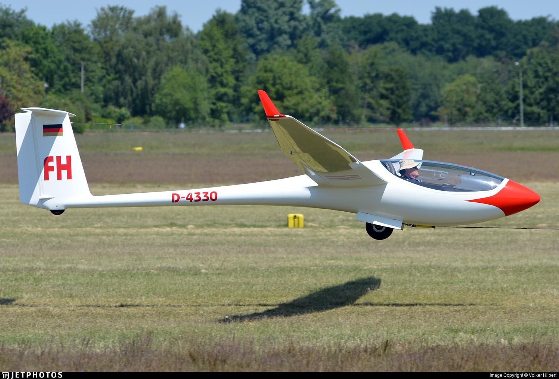D-4330 - Schleicher ASW-24 - Private