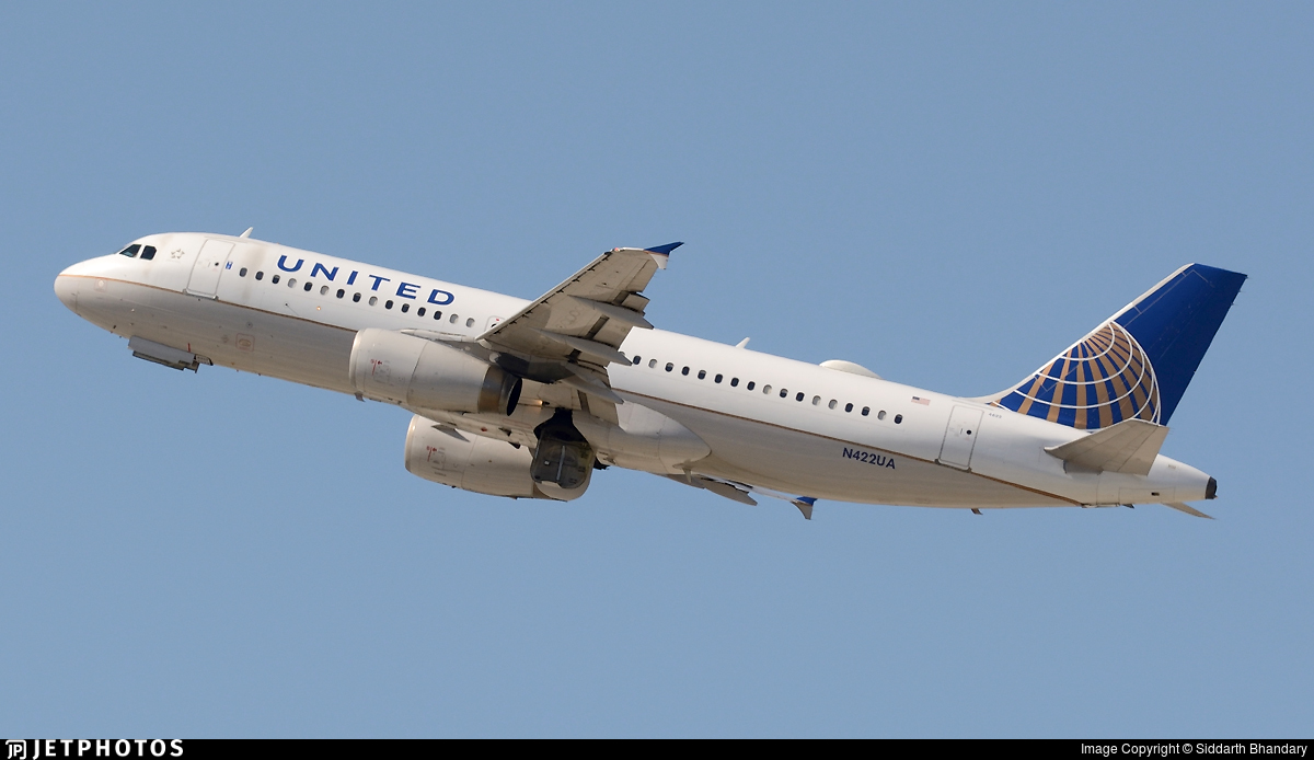 N422UA - Airbus A320-232 - United Airlines