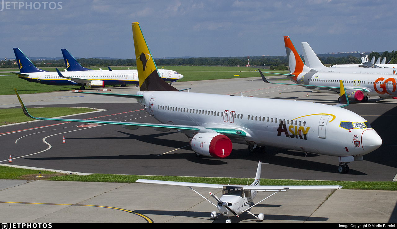 OE-IWH - Boeing 737-86J - ASky Airlines