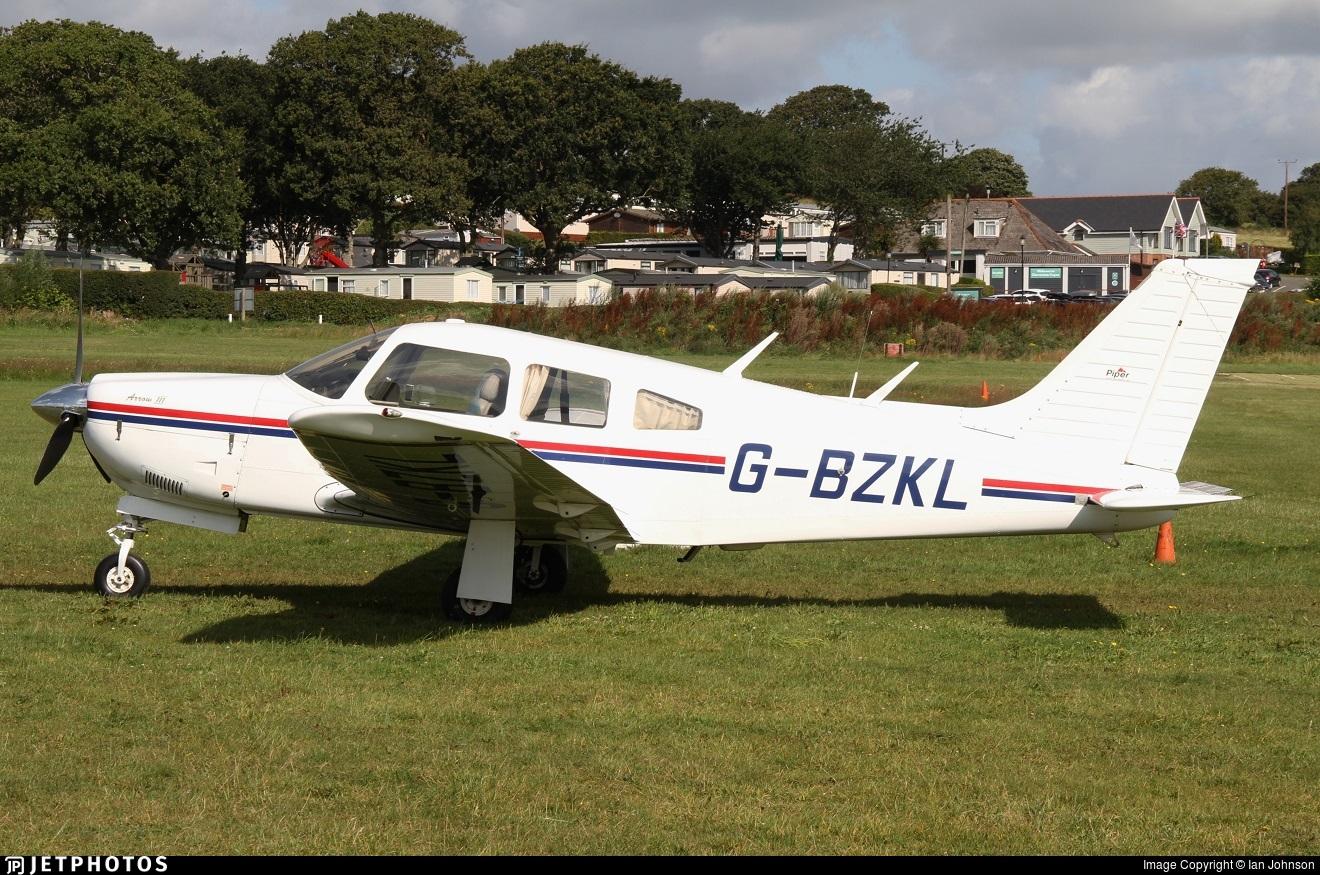 G-BZKL - Piper PA-28R-201 Cherokee Arrow III - Private