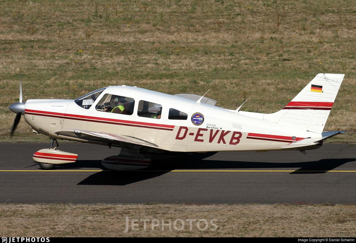 D-EVKB - Piper PA-28-181 Archer II - Sportfliegerclub Gandersheim-Seesen