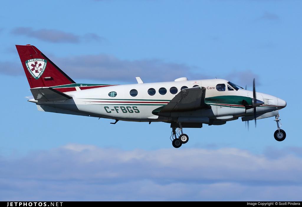 C-FBGS - Beechcraft A100 King Air - Voyageur Airways