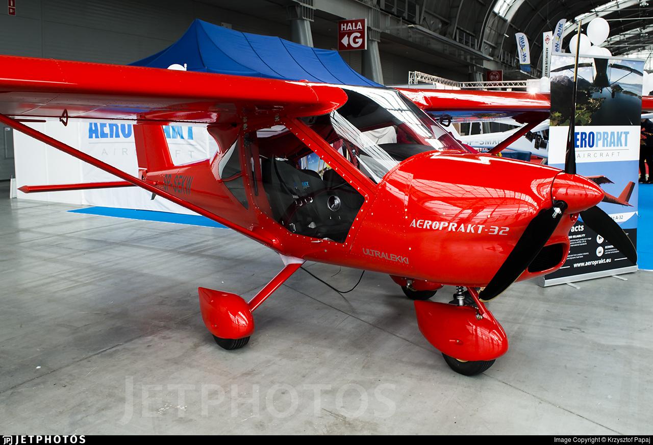 SP-SEKW - Aeroprakt A-32 - Private