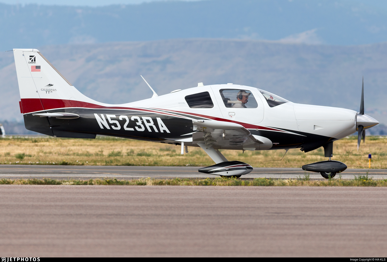 N523RA - Cessna T240 Corvalis TTX - Private