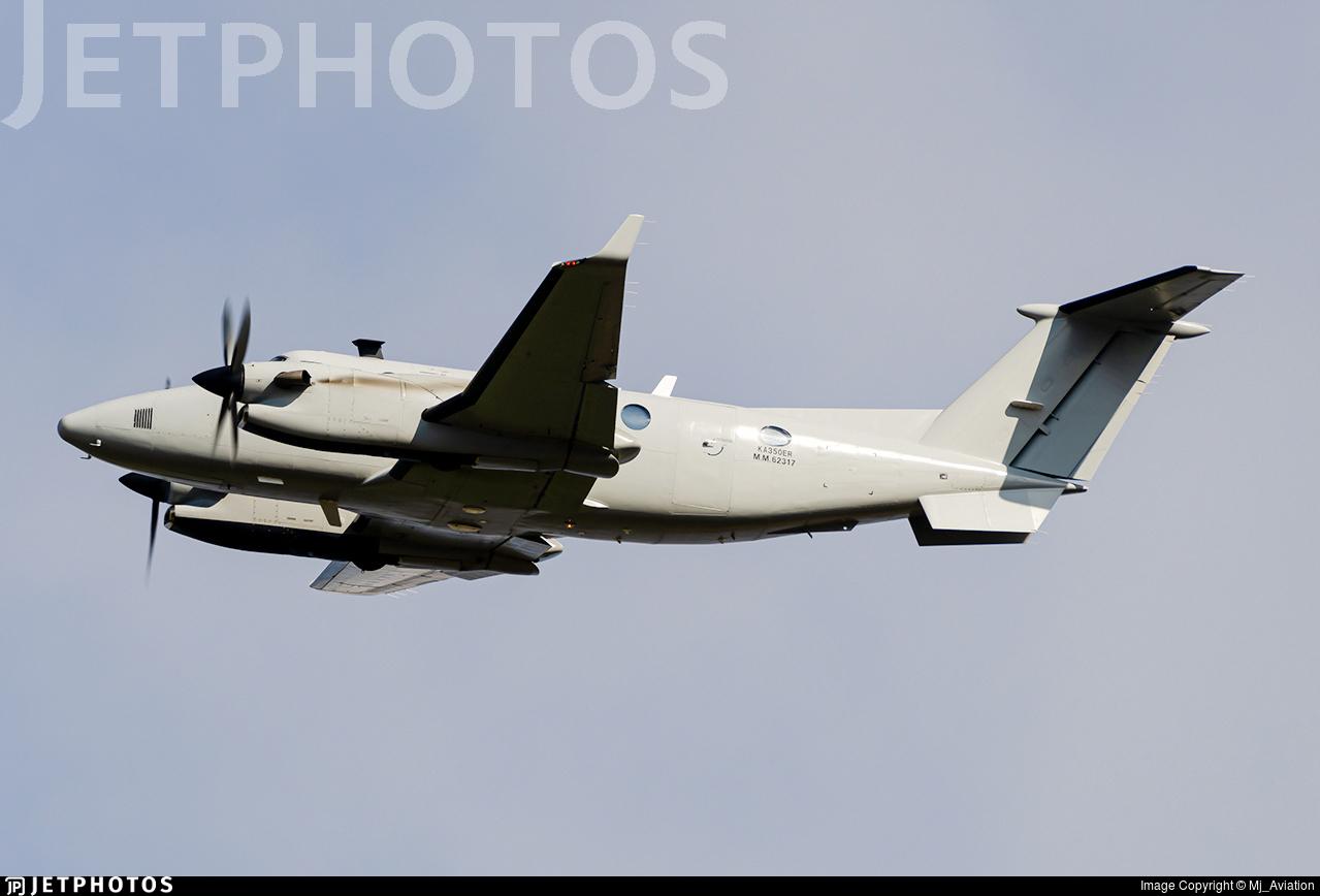 MM62317 - Beechcraft 350ER Avenger T.1 - Italy - Air Force