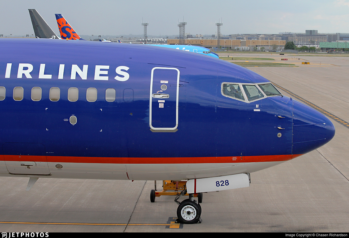 N828SY - Boeing 737-8F2 - Sun Country Airlines