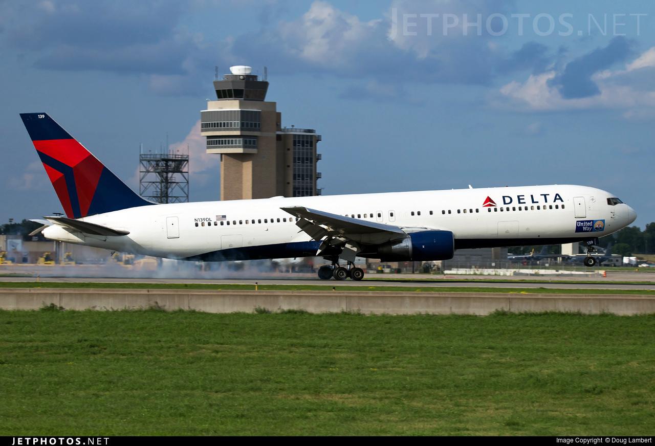 N139DL - Boeing 767-332 - Delta Air Lines