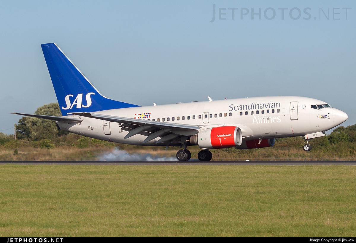 LN-RPW - Boeing 737-683 - Scandinavian Airlines (SAS)