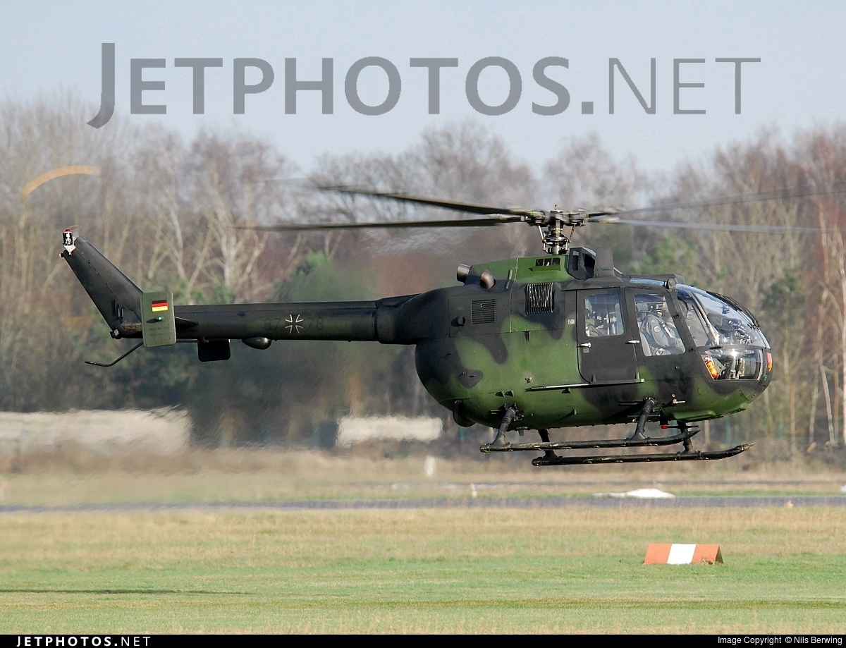 87-78 - MBB Bo105P1 - Germany - Army