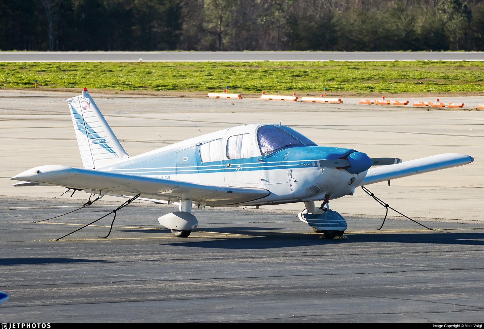 N5920W - Piper PA-28-160 Cherokee - Private