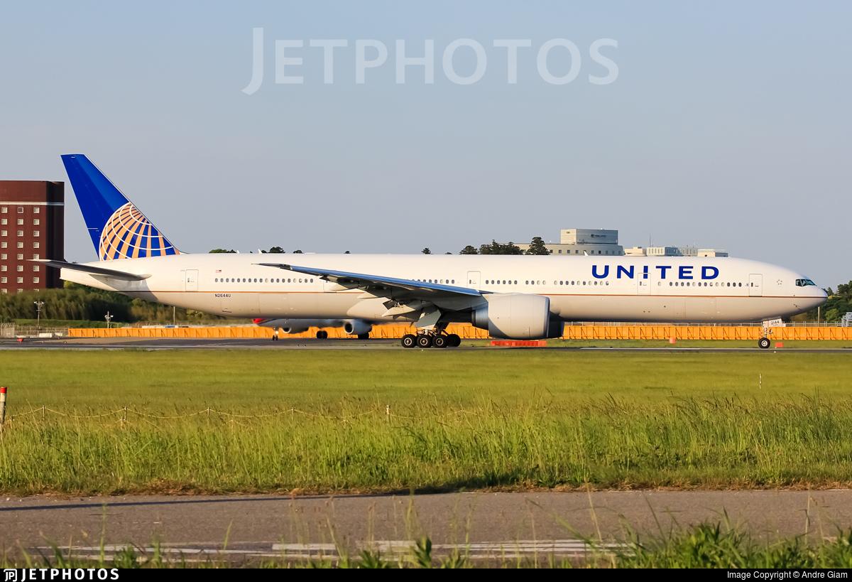 N2644U - Boeing 777-322ER - United Airlines