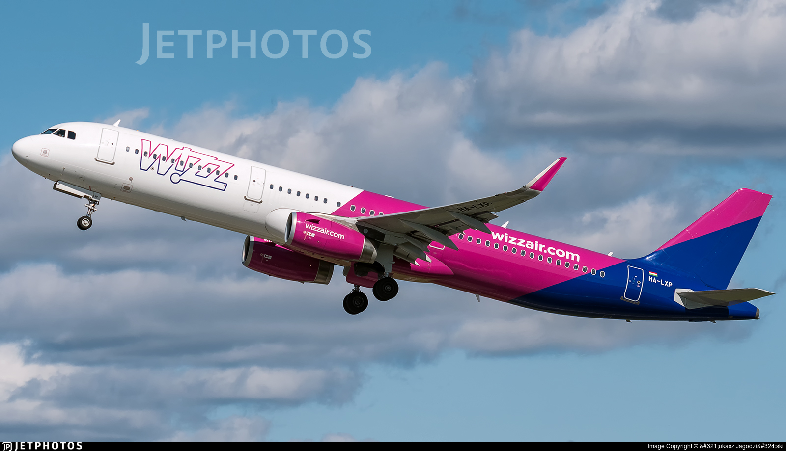 HA-LXP - Airbus A321-231 - Wizz Air