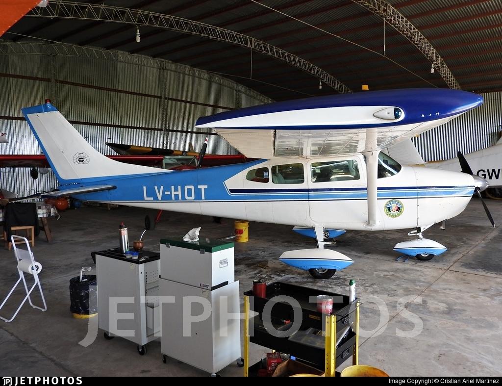 LV-HOT - Cessna 182D Skylane - Private