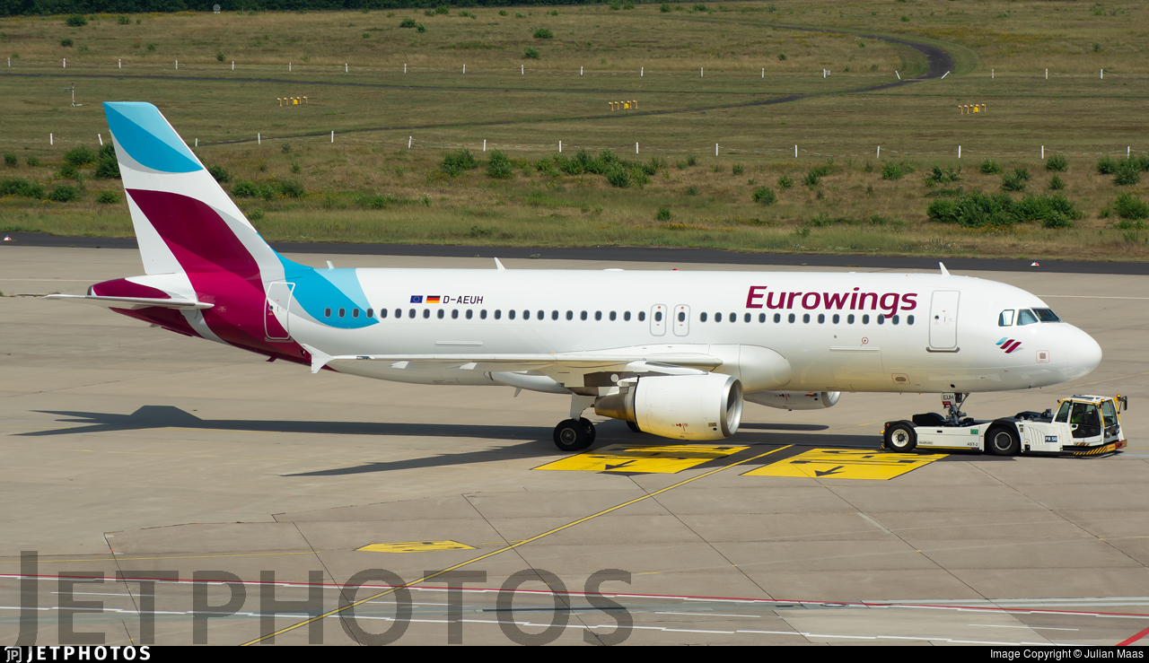 D-AEUH - Airbus A320-214 - Eurowings (Germanwings)