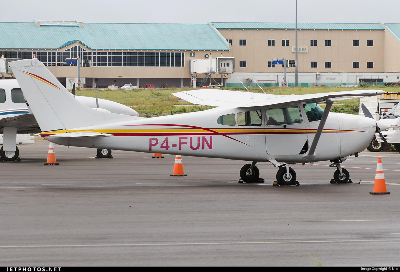 P4-FUN - Cessna 182D Skylane - Private