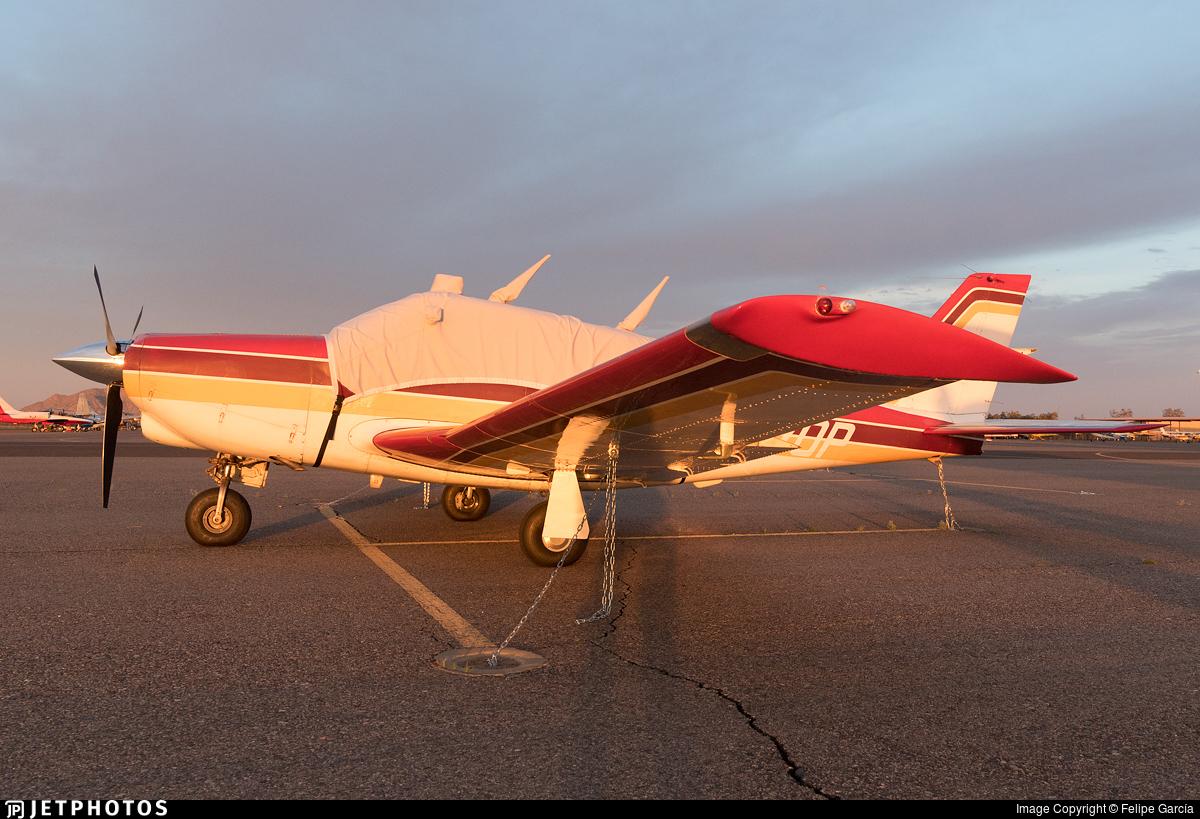 N9170P - Piper PA-24-260 Comanche B - Private