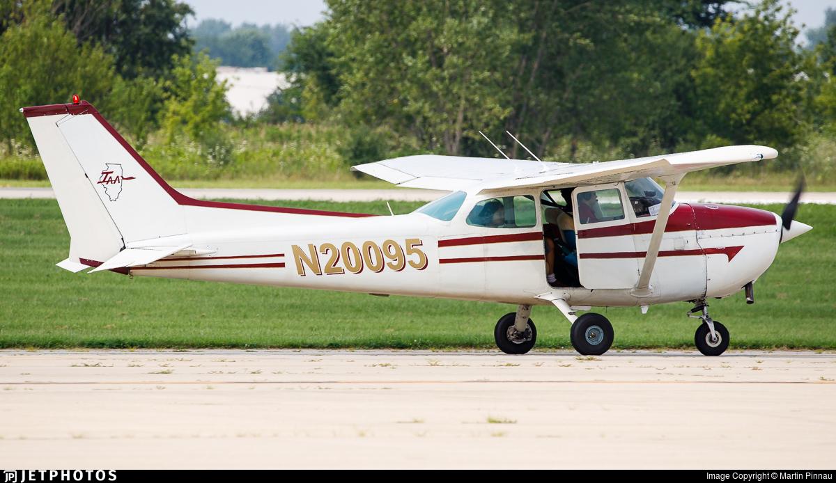 N20095 - Cessna 172M Skyhawk - Illinois Aviation Academy