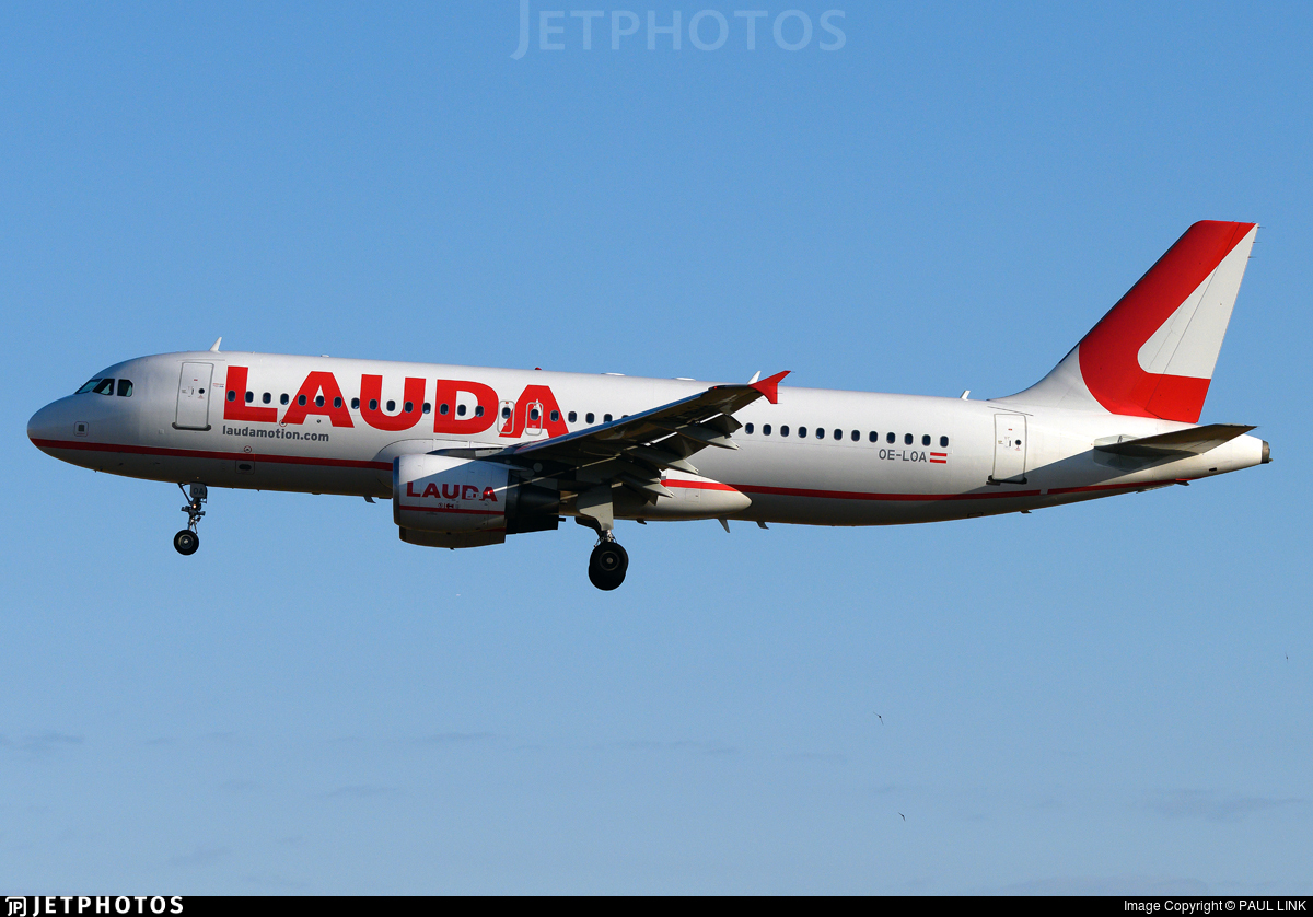 OE-LOA - Airbus A320-214 - LaudaMotion